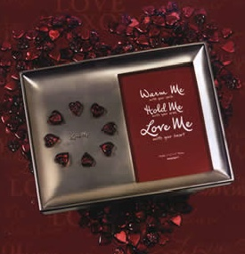 Grasslands Road Frame Platinum with Red Hearts in Gift Box